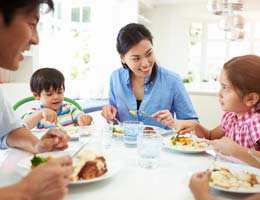 Family meals help kids' physical and mental health
