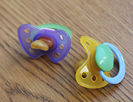 Honey pacifiers linked to botulism